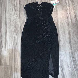 Iris black dress